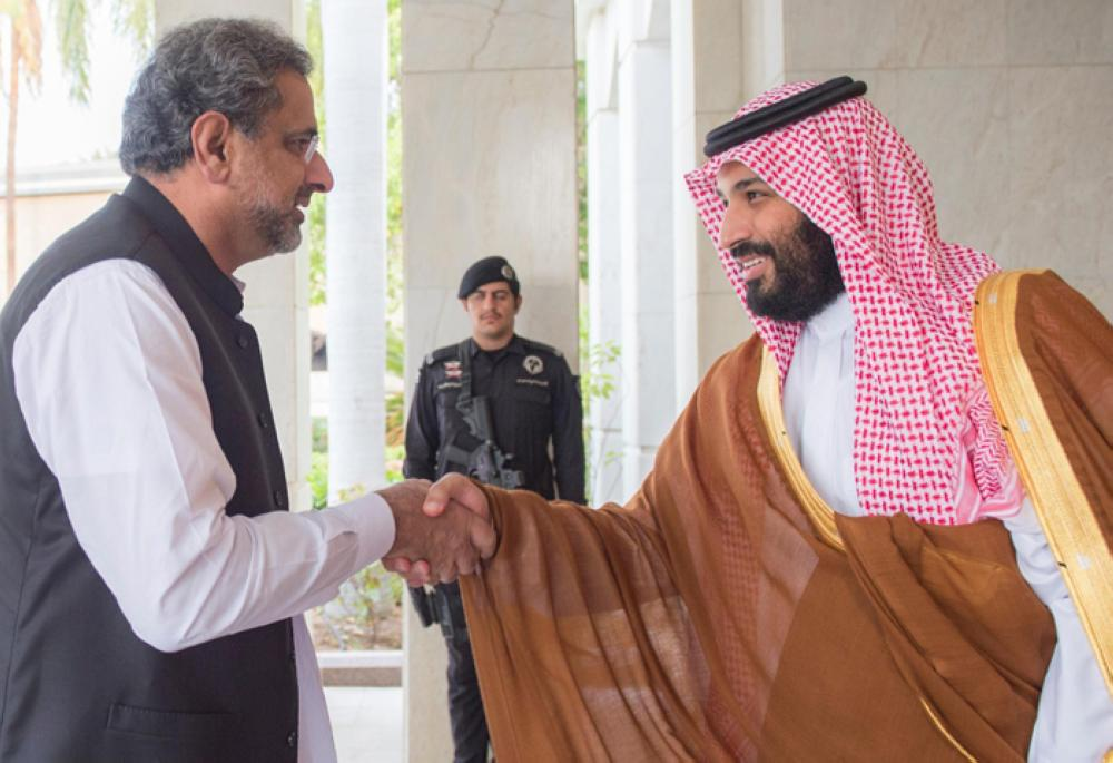 Crown Prince Muhammad Bin Salman, deputy premier and minister of defense, receiving Pakistani Prime Minister Shahid Khaqan Abbasi in Jeddah on Wednesday –SPA.