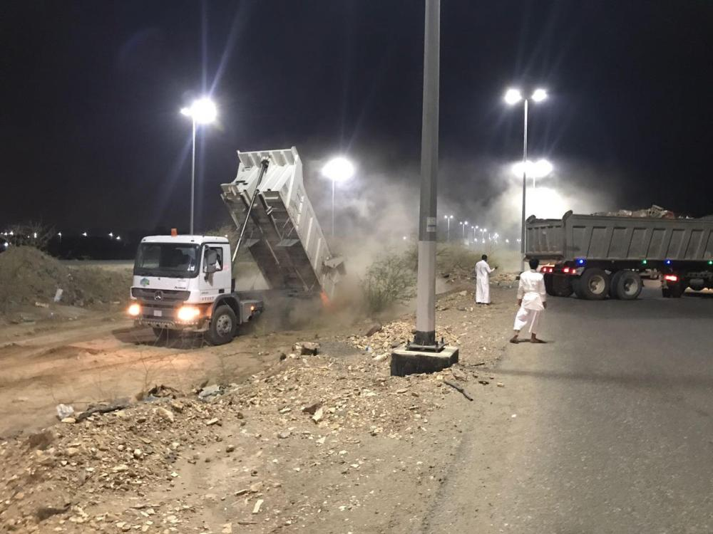 Al-Sahwqiya municipality branch in Makkah began an intensive cleaning campaign in several locations in the area.