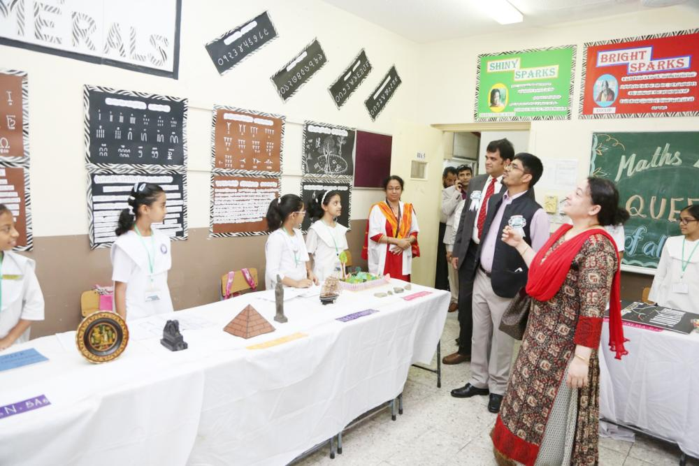 Sheikh and his wife Dr. Nazneen tour the exhibits.