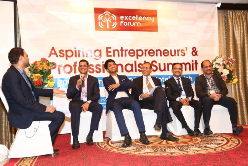 From left: Dr. Abdussalam Omar, Muhammed Alungal, PC Mustahfa, CH Abdul Raheem,  Eng. Ebrahim Kutty, and Noshad Yousuf — Photos by Krishna chemmad