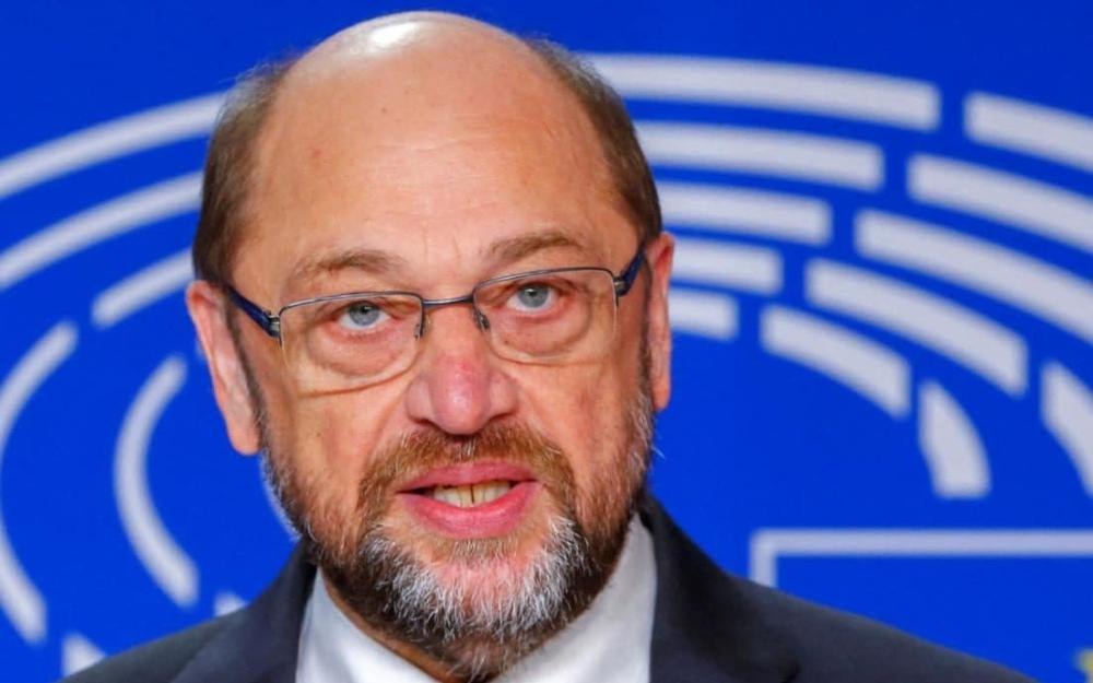 After riding high in the opinion polls when he first took the helm of the SPD last year and inspired a wave of new party memberships, support for martin Schulz has slumped to an all-time low.