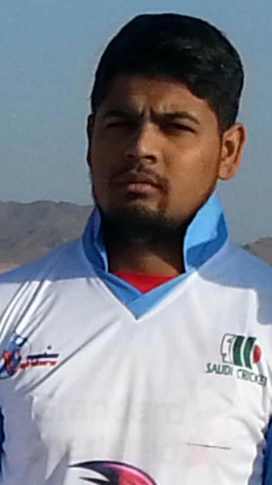 Sohail Khan (5 wkts)