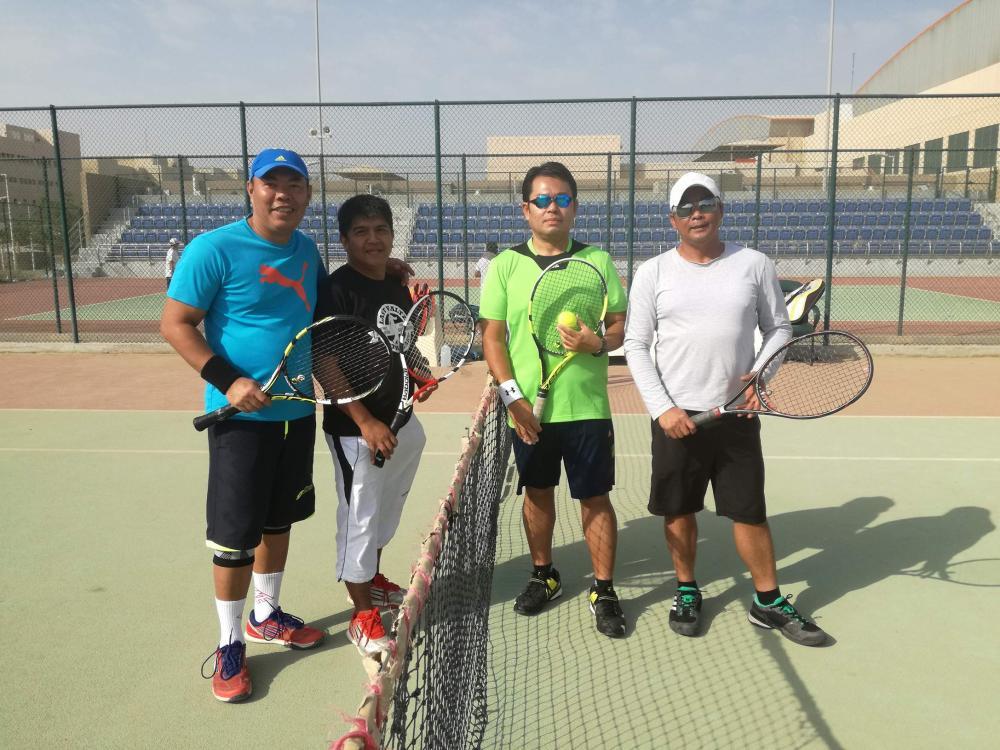From left: Team D's Clark Maldo and Vic Rebong, Team B's Benhashim Salabin and Fernan Fermin