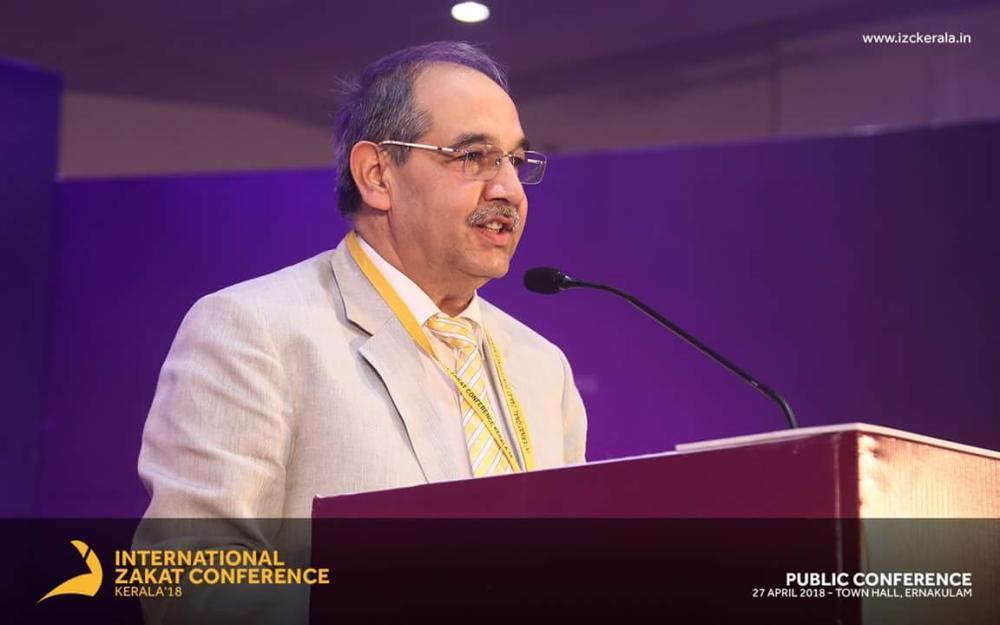 Professor Tariq Mansoor, vice chancellor Aligarh Muslim University, making the inauguration address.