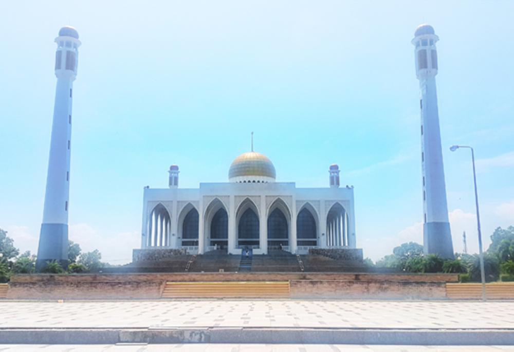 Hat Yai Central Mosque. — Photos by Lutfee Useng and Peerapong Sakundee