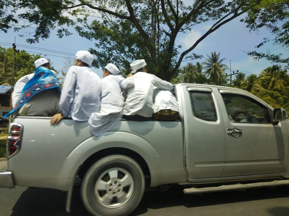 Yala pickup truck