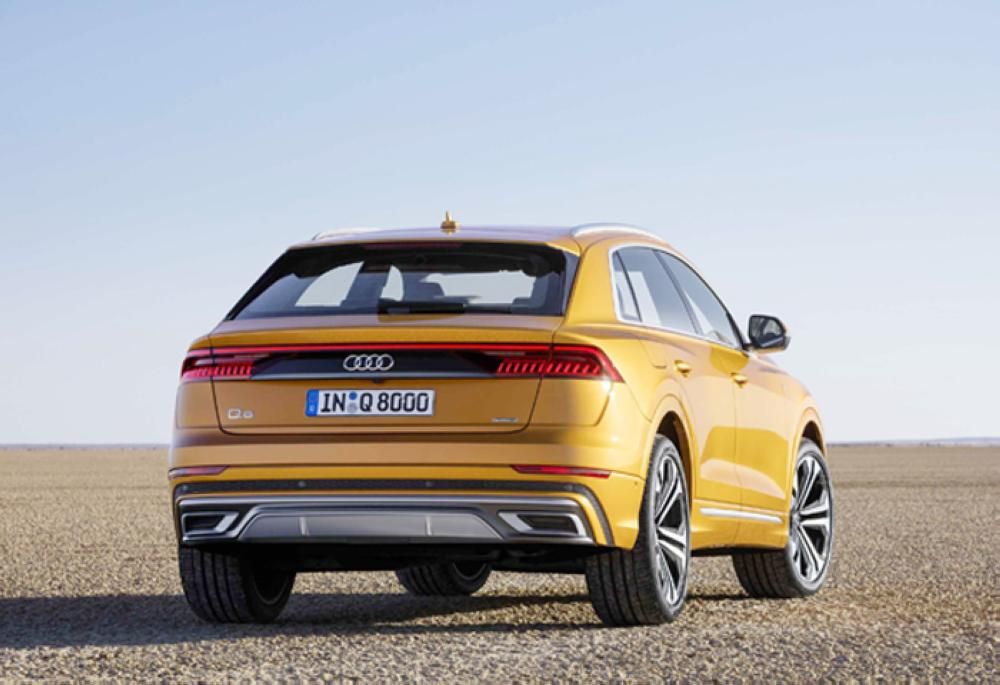All-wheel steering and quattro drive for agile handling and best traction