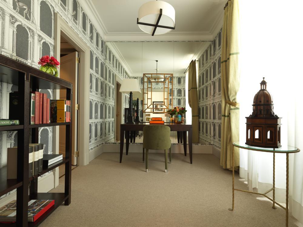 RFH Hotel de Russie - Executive Suite - Study area