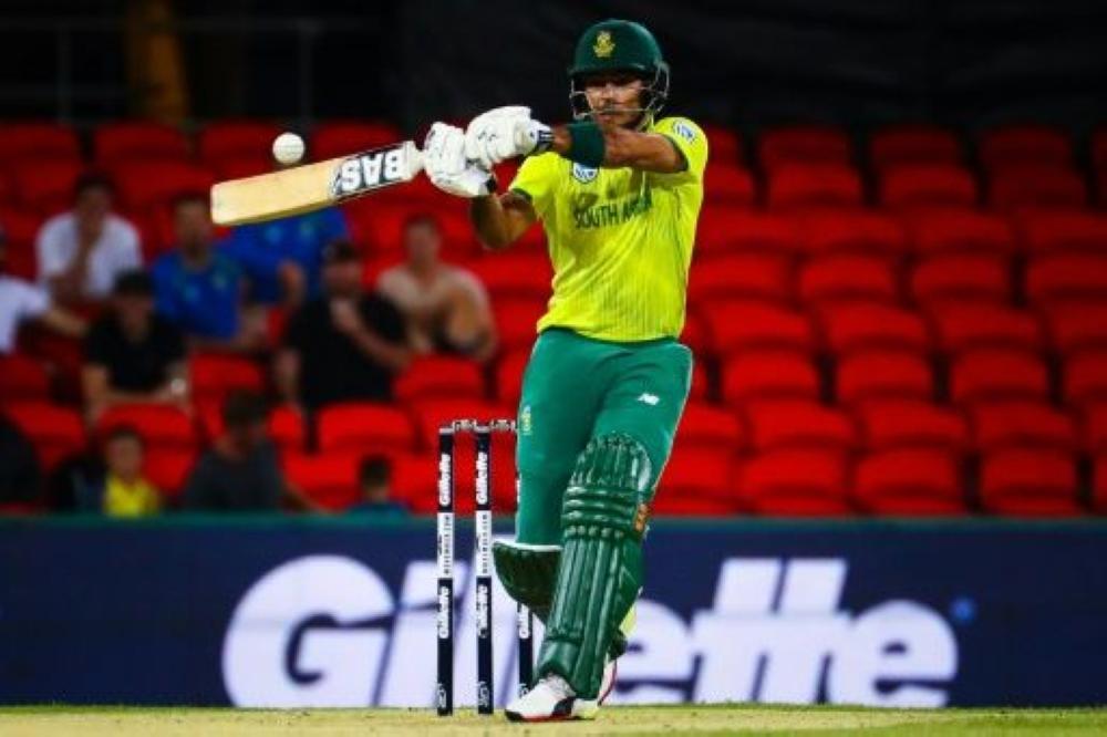 Reeza Hendricks scored 19 for South Africa against Australia.