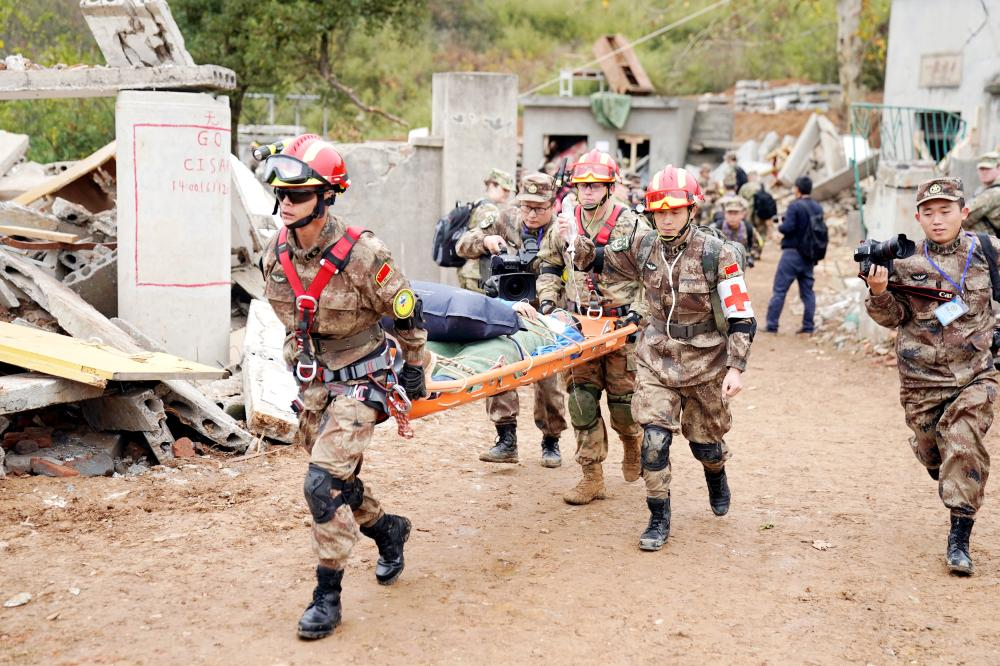 """US Army and China's People's Liberation Army (PLA) military personnel take part in an exercise of """"Disaster Management Exchange"""" near Nanjing, Jiangsu province, China on Saturday. — Reuters"""