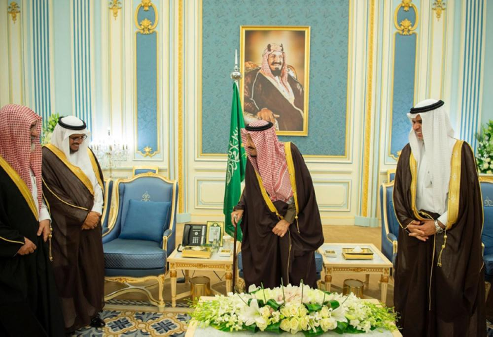 Custodian of the Two Holy Mosques King Salman receives directors of universities, undersecretaries of the Ministry of Education at Al-Yamamah Palace in Riyadh on Monday. — SPA