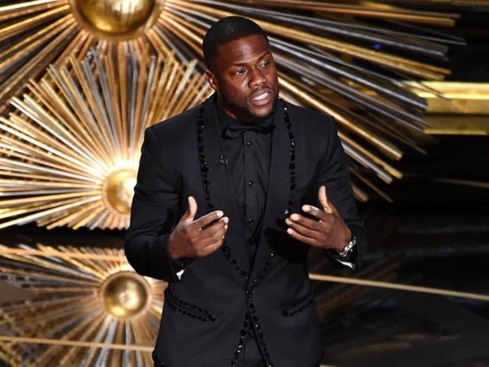 File photo of Comedian Kevin Hart, last year's Oscars hot.