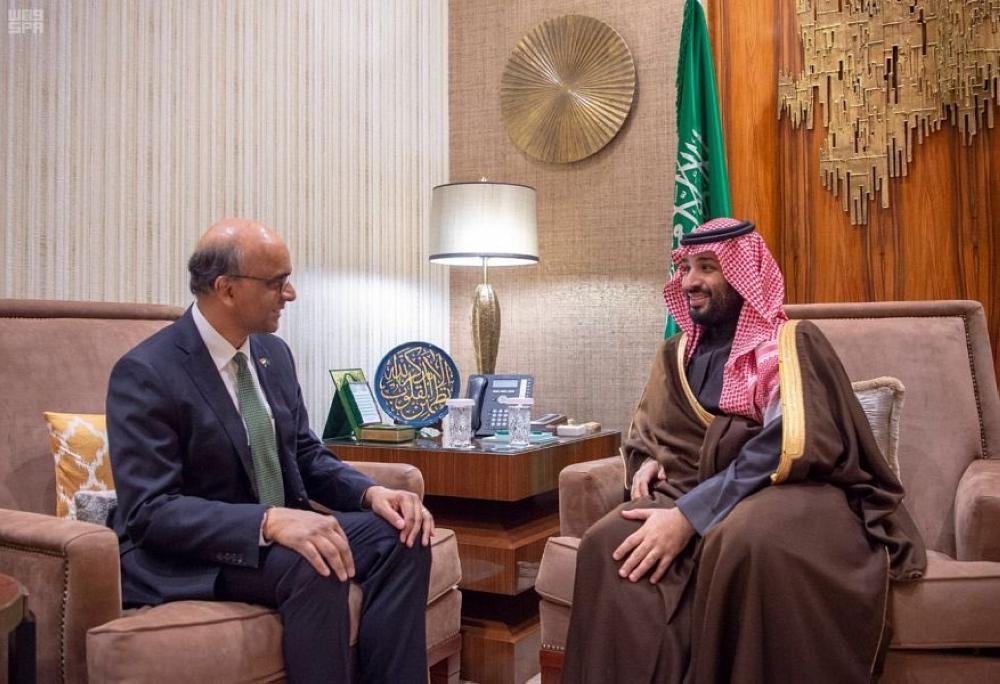 Crown Prince meets with Singapore's Deputy Prime Minister