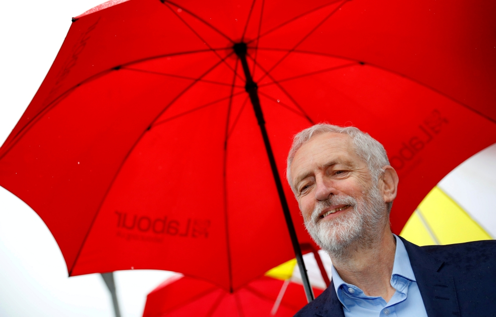 Jeremy Corbyn arrives to meet local activists following the results of local elections in Sale, Manchester, Britain May 3, 2019. REUTERS / File Photo