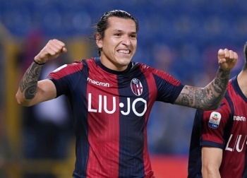 Bologna's Federico Santander celebrates scoring his team's first goal during a Serie A match against Napoli at Stadio Renato Dall'Ara, Bologna, Italy, on Saturday. — Reuters