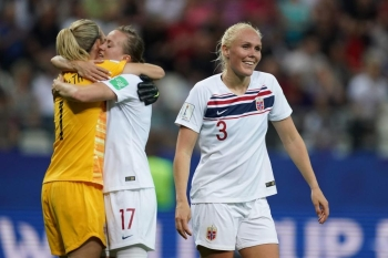 (From L) Norway's goalkeeper Ingrid Hjelmseth, Norway's midfielder Kristine Minde and Norway's defender Maria Thorisdottir celebrate at the end of the France 2019 Women's World Cup Group A football match between South Korea and Norway, on Monday, at the Auguste-Delaune Stadium in Reims, eastern France. — AFP