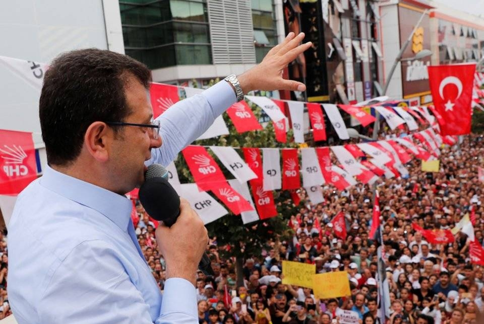 Main opposition Republican People's Party (CHP) mayoral candidate Ekrem Imamoglu addresses his supporters during an election rally in Istanbul. — File photo