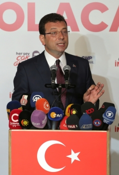 Ekrem Imamoglu, mayoral candidate of the main opposition Republican People's Party (CHP), talks to the media at the CHP election coordination center in Istanbul, Sunday. — Reuters
