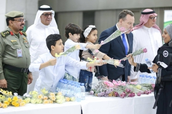 The first batch of more than 80 British pilgrims, who arrived at the Haj Terminal in Jeddah from Manchester on Thursday, were welcomed by Consul General  Seif Usher and a team from the Consulate along with Saudi officials.