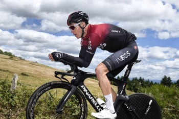 Chris Froome, seen in practice prior to his injury, has been crowned winner of the 2011 Vuelta a Espana after Spain's Juan Jose Cobo was stripped of the title following a doping violation.