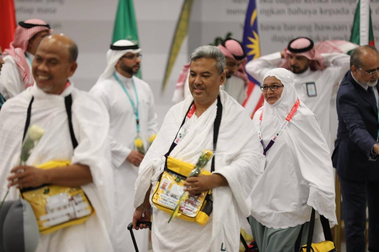 Malaysian pilgrims from Kuala Lumpur arriving for this year's Haj season