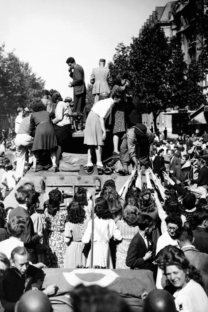 75 years ago, Paris freed from Nazi occupation - Saudi Gazette