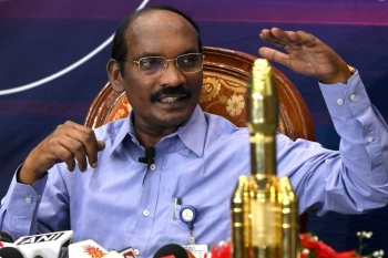 Chairman of the Indian Space Research Organization (ISRO) Kailasavadivoo Sivan gestures during a press conference at the ISRO headquarters in Bangalore on Tuesday. -AFP