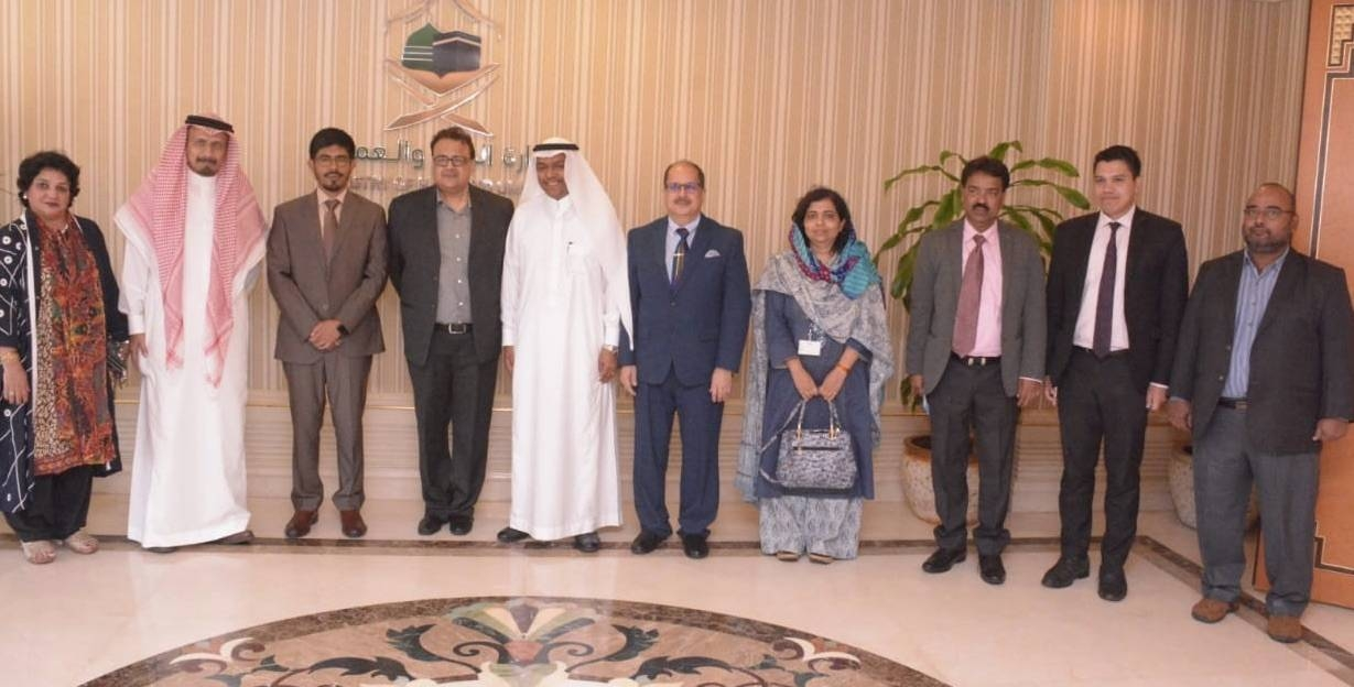 Deputy Minister of Haj Dr. Abdulfattah Mashat (5th from left) receiving Sailesh, secretary of Ministry of Minority Affairs (MoMA) and head of the government of India delegation, (4th from left) at his office in Jeddah. Nigar Fatima Husain, joint secretary and Md. Nadeem, undersecretary of MoMA, India's Ambassador Dr. Ausaf Sayeed, Consul General Md. Noor Rahman Sheikh and Consul Haj Y. Sabir are also seen. — Courtesy photo