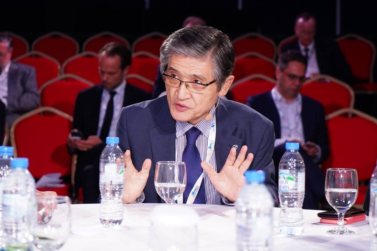 Rae Kwon Chung, Chairman of the Global Energy Prize International Award Committee, stressing a point at the 24th World Energy Congress in Abu Dhabi, UAE.
