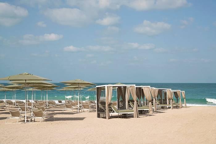 Caesars Resort Bluewaters Dubai - Beach