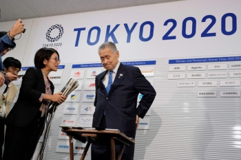 Tokyo 2020 President Yoshiro Mori holds a press briefing in Tokyo on THursday, on plans to move the marathon and race walks from the Japanese capital to Sapporo. Japanese officials have been caught by surprise at an International Olympic Committee plan to move the Tokyo 2020 marathon over heat fears. —  AFP