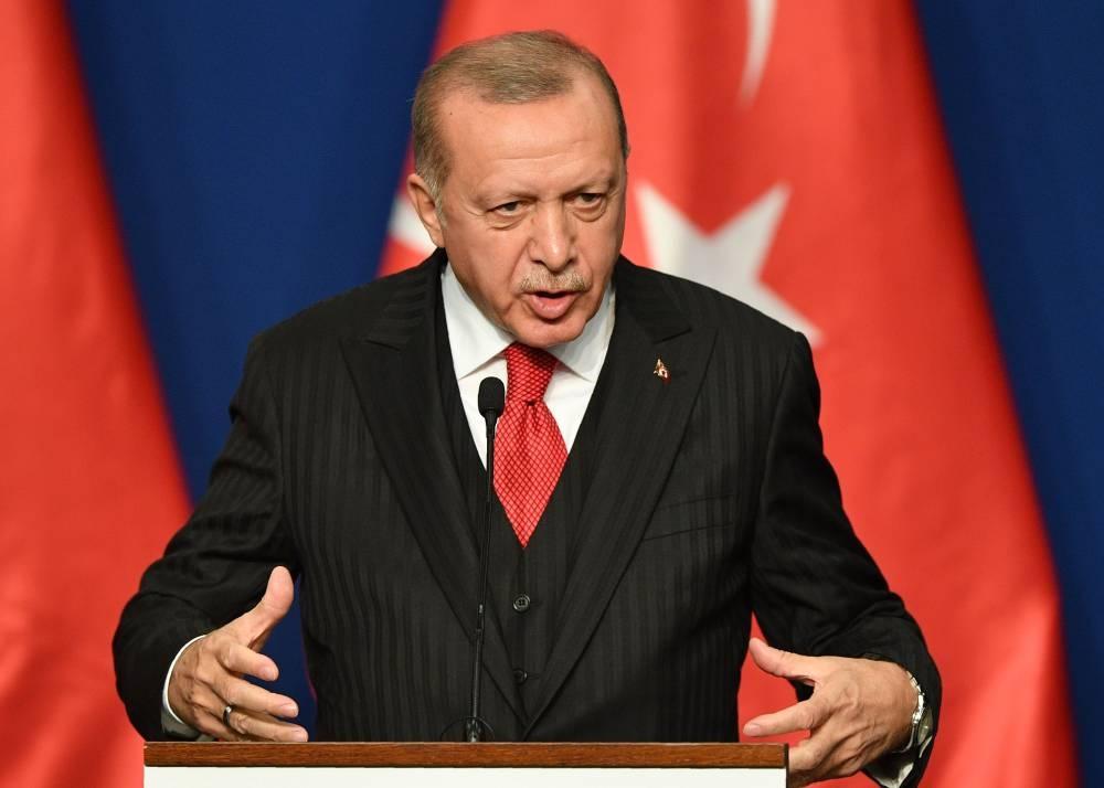 Turkish President Recep Tayyip Erdogan addresses a press conference at Varkert Bazar cultural center in Budapest on Nov. 7, 2019. — AFP