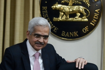 Reserve Bank of India (RBI) governor Shaktikanta Das arrives for a press conference at the central bank's headquarters in Mumbai on Thursday. — AFP