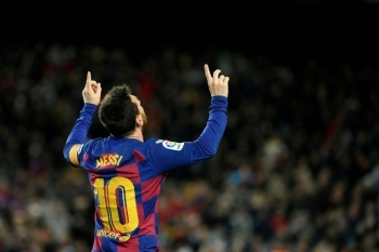 Lionel Messi scored the winner as Barcelona beat Granada on Sunday in Quique Setien's first game in charge. — AFP