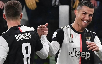 Cristiano Ronaldo struck twice as Juventus beat Parma 2-1 to pull four points clear of Inter Milan at the top of the Serie A table on Sunday.