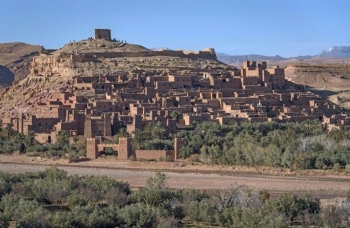 The town served as the fictional Yellow City of Yunkai in the