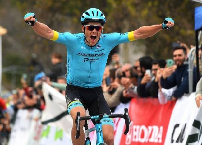 Denmark's Jakob Fuglsang won the third stage of the Tour of Andalucia on Friday to stretch his overall lead.