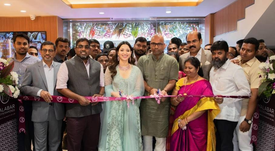 Leading Indian actress Tamannaah Bhatia inaugurated the new showroom in the presence of Dharmapuri Arvind, Member of Parliament, M.P. Ahammed, chairman of Malabar Group, Abdul Salam K.P., Group Executive Director, Malabar Group, Asher. O, Managing Director — India Operations, Management team members of Malabar Gold & Diamonds, media & well-wishers.