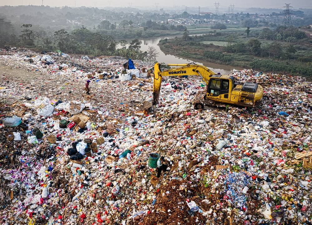 Unsightly landfills and litter in parks and even beaches continuously choke our environment.
