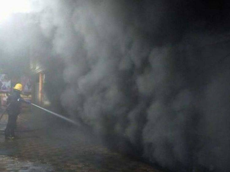 At least 14 fire tenders fought the blaze in the Indian city of Mumbai early Saturday. — Courtesy photo