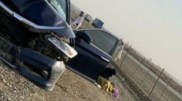 The mangled car after an accident on Hijrah Road in Madinah. — SG photo