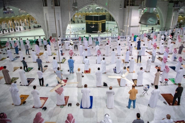 The second phase of the gradual resumption of the pilgrimage and visits to the Two Holy Mosques takes into account observing the precautionary health measures across the Grand Mosque. — SPA