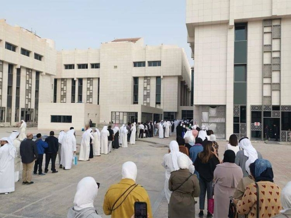 Kuwait recorded on Thursday 760 new coronavirus cases over the past 24 hours, bringing the total number of confirmed infections in the country to 124,666. — Courtesy photo