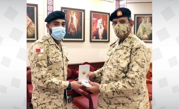 The commander-in-chief decorated the injured each with a medal of distinction for bravery during battles at the southern border of Saudi Arabia, wishing them a speedy recovery. — BNA photos