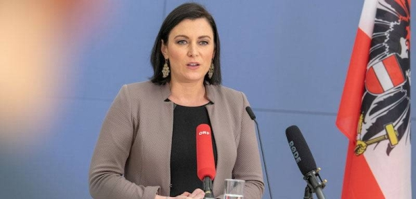 A total of 13 EU countries have agreed on specific criteria for issuing a green passport for tourism, confirming that the holder is free of COVID-19, Austria's Tourism Minister Elisabeth Köstinger revealed on Monday. — Courtesy file photo