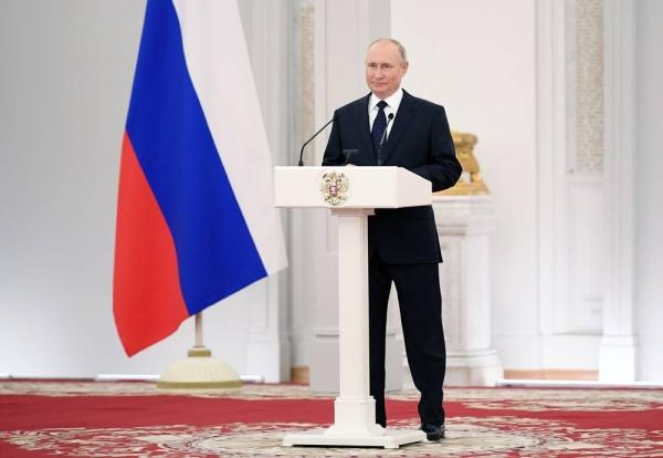 FIle photo of Russian President Vladimir Putin speaking at the Duma.