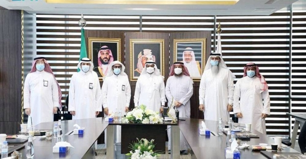 Deputy Minister of Hajj and Umrah, Dr. Abdelfattah Bin Suleiman Mashat inaugurated Sunday the new version of the Coordination Council for Institutions and Companies Serving Domestic Pilgrims website.