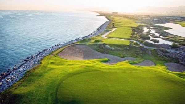 Al Mouj Muscat - Golf