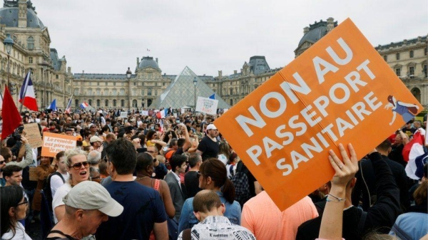 Tens of thousands of people demonstrated in the streets of France on Saturday afternoon against the extension of the health pass and compulsory vaccination for certain professions. — Courtesy file photo