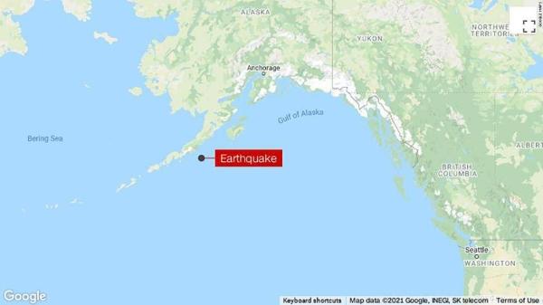 8.2 earthquake hits Alaskan coast, triggering tsunami warnings